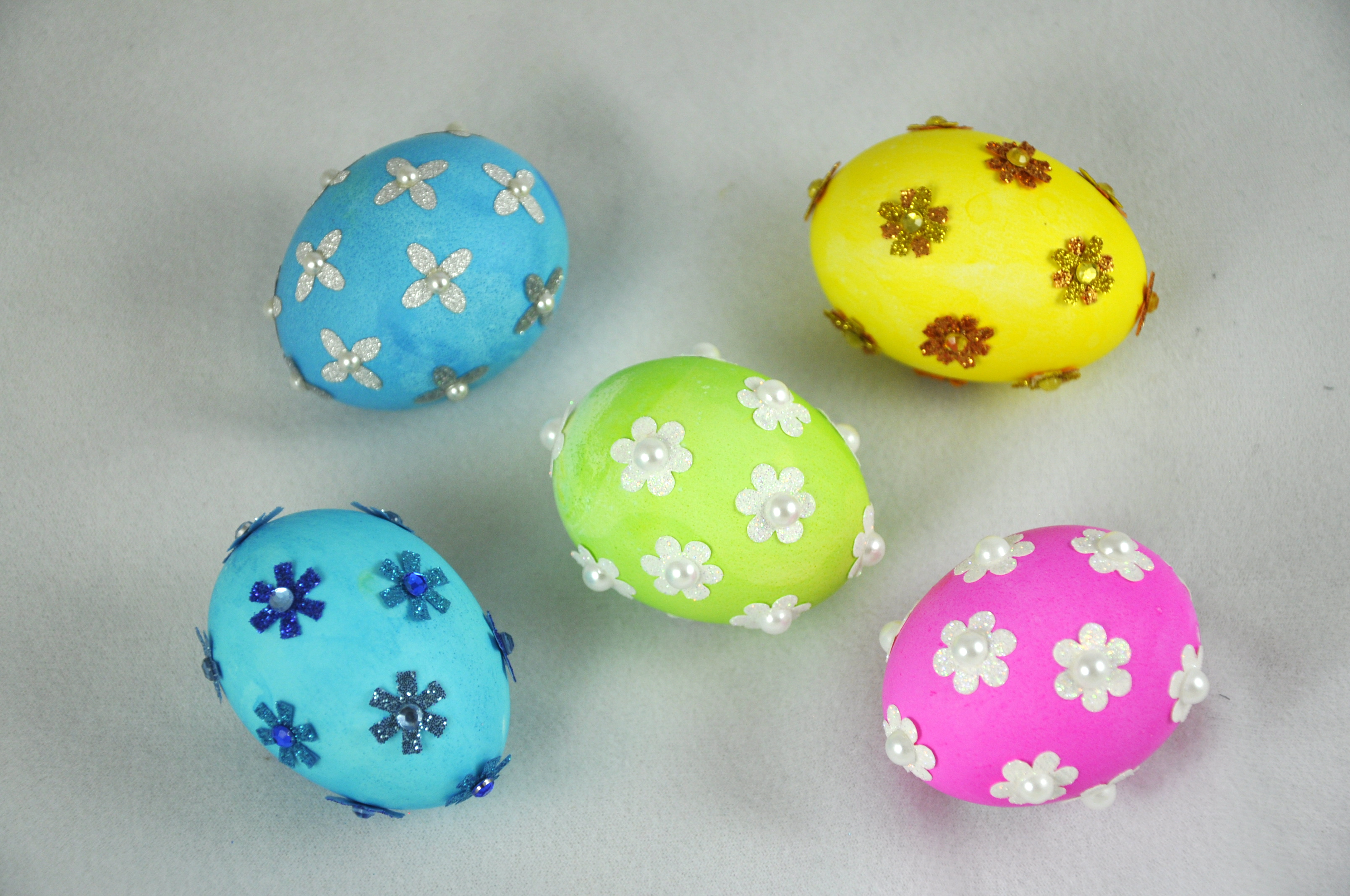 Bright And Easy Easter Egg Designs Creativeleecrafted
